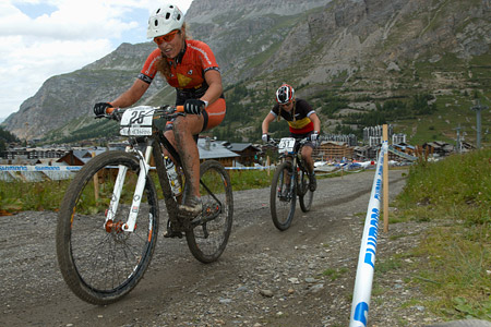 Elisabeth Brandau at UCI World Cup XCO 7 / DHI 6 - Val d'Isère (2012)