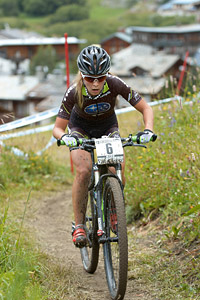 Emily Batty at UCI World Cup XCO 7 / DHI 6 - Val d'Isère (2012)