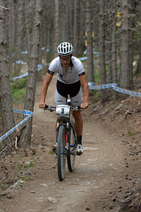 Samuel Gaze at UCI World Cup XCO / XCE / DHI 4 - Vallnord (2013)