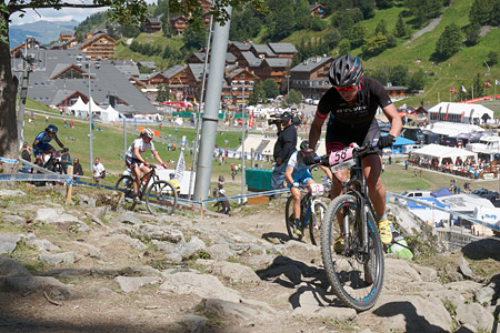Laura Metzler at UCI World Cup XCO / XCE / DHI 7 - Méribel (2014)